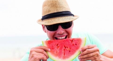 10 نصائح للمحافظة على انتعاشك هذا الصيف