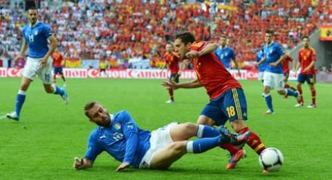 سيناريوهات التأهل من المجموعة الثالثة بيورو 2012 إلى دور الثمانية