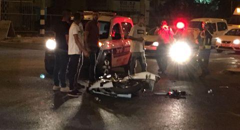 الناصرة: حادث طرق بين سيارة ودراجة نارية واصابة خطرة