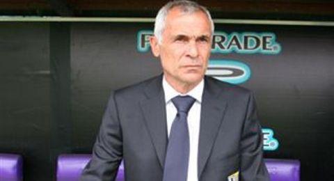أنباء عن إقالة مدرب منتخب مصر