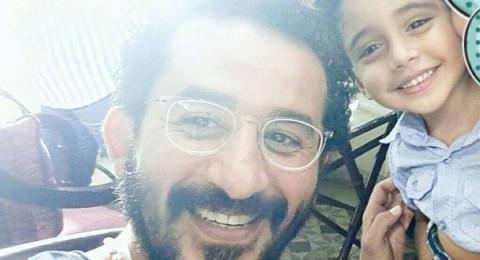 بالصور.. أحمد حلمي يحقق أمنية طفل بمقابلته
