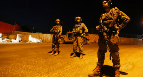 مداهمات واعتقالات للاحتلال بقلقيلية