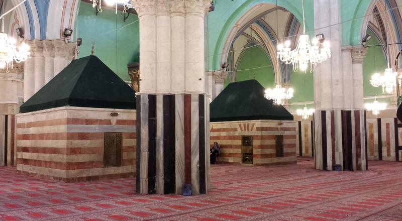 اغلاق المسجد الإبراهيمي ومنع صلاة الجمعة