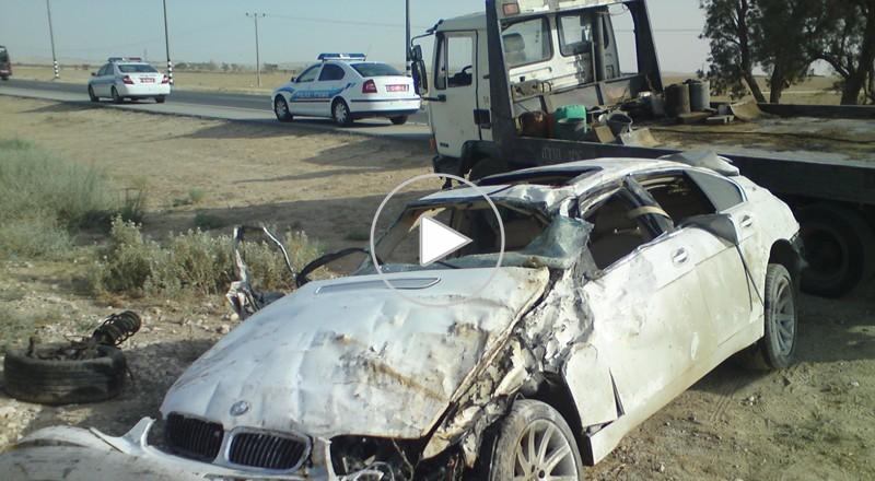 النقب: انقلاب سيارة يسفر عن إصابة خطيرة لسائقها
