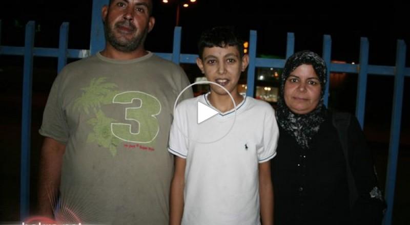 الثلاثاء القادم السفر: وعائلة الفتى يوسف أبو غليون تبحث عن عائلة لتبنيها خلال مكوثها في ايطاليا