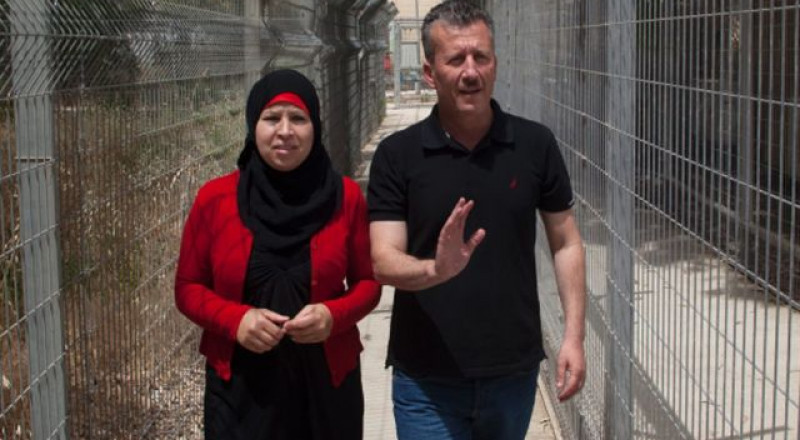 إسرائيل تكمل اعتقال عائلة عهد التميمي