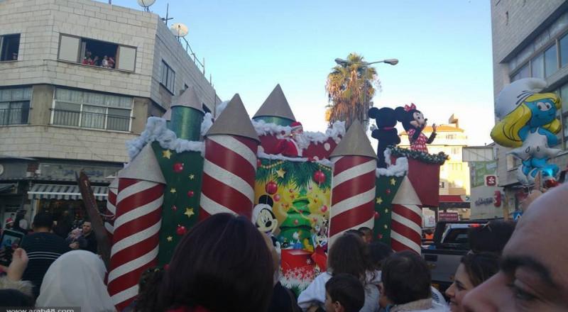 الشرطة تناشد الجماهير بالوصول إلى مسيرة الناصرة الميلادية بواسطة المواصلات العامة