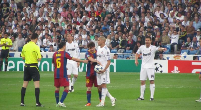 برشلونة وريال مدريد متعادلان في كانون الأول!