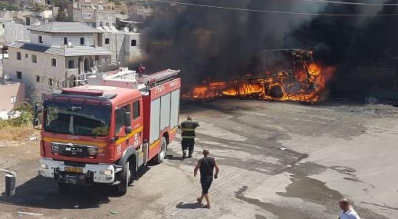 اندلاع حريق في بيت جن يسفر عن اصابة سيدة وطفلا