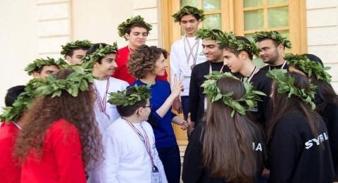 صور لأسماء الأسد في أول ظهور لها هذا العام