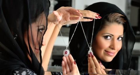 مجوهرات المصممة السعودية خلود الكردي كأنها منحوتات فنية