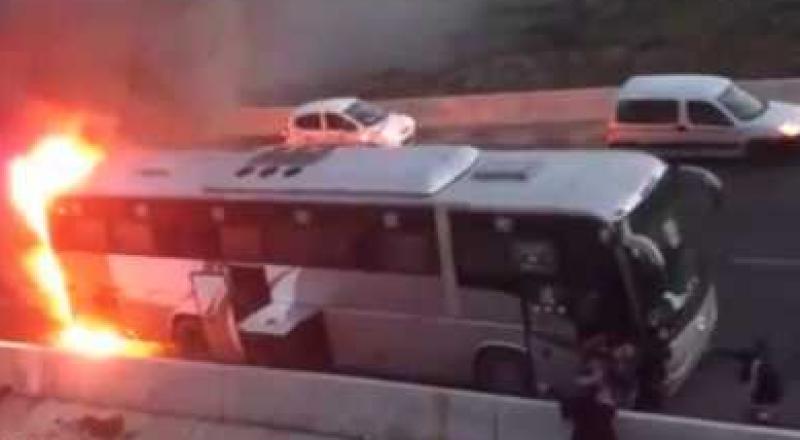 إحراق حافلتين في مدخل قرية نين