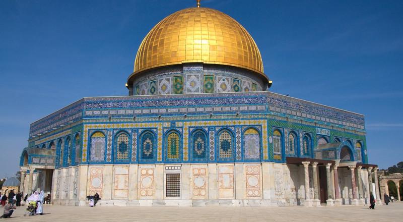وزير خارجية قطر يبحث مع مفتي القدس التطورات بفلسطين