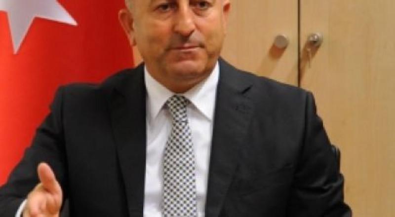 أوغلو: دول عربية تضغط على السلطة والأردن للقبول بإعلان ترمب