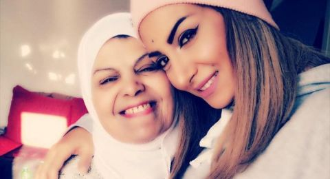 في عيد الأم.. رويدا عطية تظهر مع والدتها