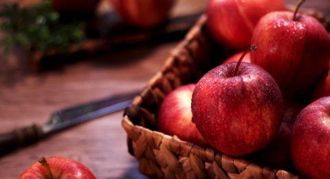 لماذا يعد التفاح من الأغذية الشافية؟