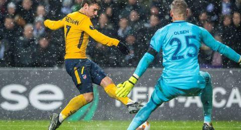 غريزمان يدفع برشلونة للتضحية بثلاثة لاعبين