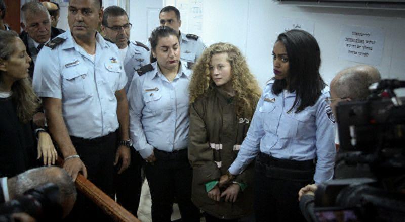 الحكم على عهد التميمي بالسجن ثمانية شهور