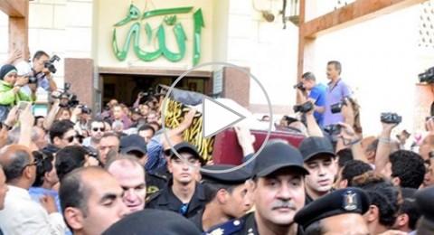 جنازة حسين الإمام: نجوم مصر يودعونه بالدموع
