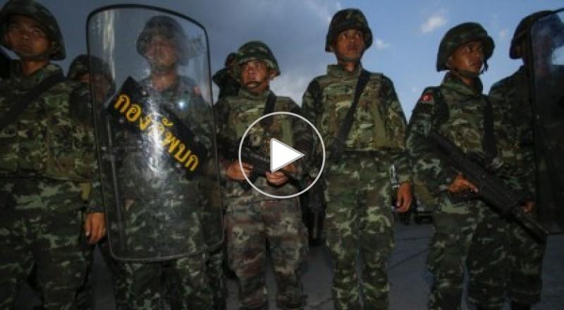انقلاب تايلاند.. حظر تجول واعتقال سياسيين