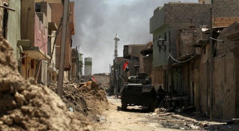 مقتل صحفيين عراقي وفرنسي وإصابة آخرين في الموصل