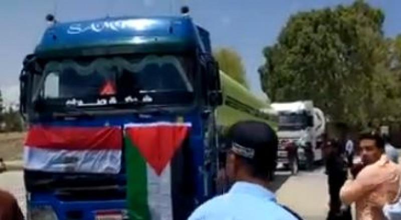 مصر تضخ السولار لغزة بعدما قلّصت إسرائيل الكهرباء