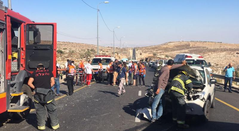 مصرع 3 مواطنين، و3 اصابات بحادث سير شمال رام الله