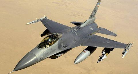 العراق يعلن تنفيذه ضربات جوية داخل الأراضي السورية