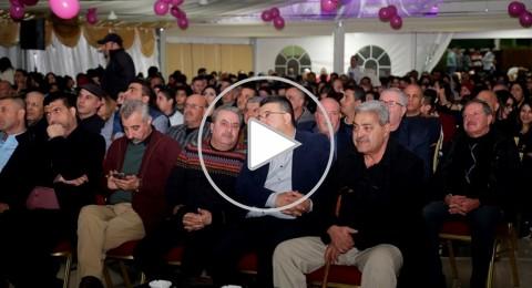 جماهير حاشدة تجتمع لدعم المتسابق في عرب ايدول امير دندن .