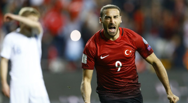 تصفيات كأس العالم.. توسن يقود تركيا لفوز ثمين على فنلندا