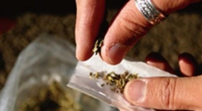 القبض على تاجر مخدرات في نابلس