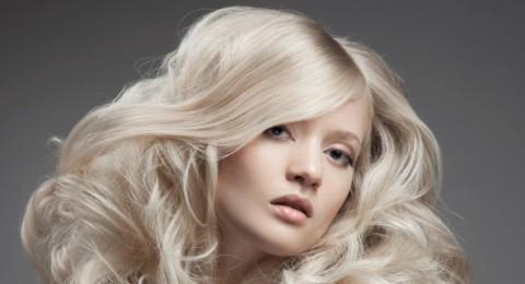 6 نصائح لجعل شعركِ الأشقر صحياً وجذاباً في كل الأوقات