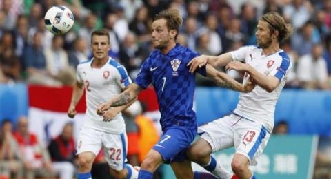 الليلة في يورو 2016..نقطة التأهل لكرواتيا وفوز الأمل لتركيا وتشيكيا
