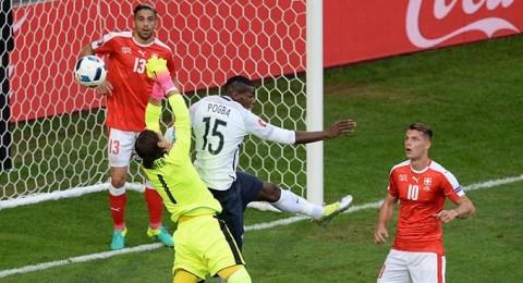 فرنسا تتصدر مجموعتها وسويسرا تحجز الوصافة بتعادلهما سلبياً