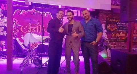 النجم الفلسطيني مهند خلف يبدأ سلسله حفلاته في اميركا بنجاح في لوس انجلوس