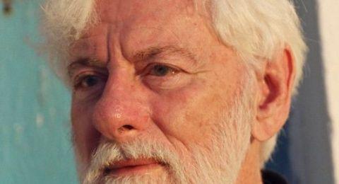 وفاة رجل السلام والإعلام،  أوري أفنيري