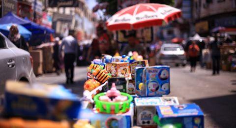 العيد في جنين: ضعف بالتسوّق وتجار يشتكون