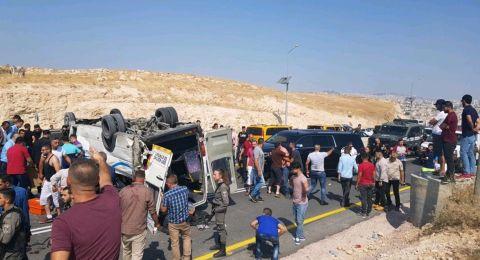 مصرع فلسطينيين واصابة 14 آخرين في حادث سير شرق السواحرة