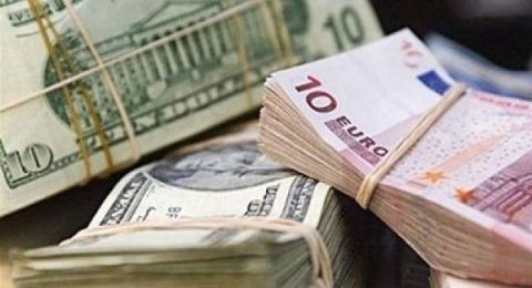 اسعار العملات: انخفاض طفيف على سعر صرف الدولار
