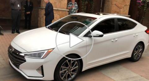 """إطلاق الجيل الجديد من سيارة """"إلنترا"""" بتغييرات كبيرة وتصميم فريد"""