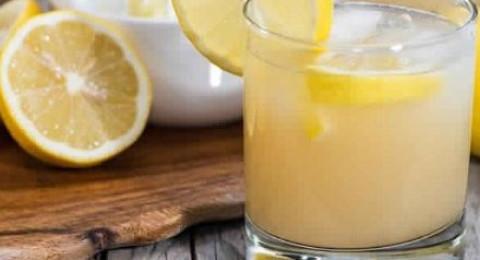 اشربي هذا المزيج كل صباح لخسارة الدهون الزائدة