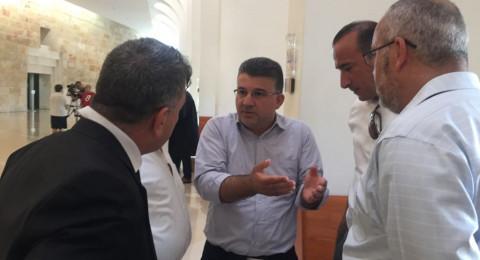 السلطات الاسرائيلية تمنع النائب جبارين من زيارة الشيخ رائد