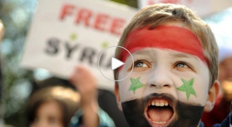 سوريا: مصادمات في درعا وحرق تمثال حافظ الأسد