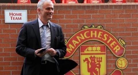 مورينيو يربط مانشستر يونايتد بـ15 مليون جنيه استرليني في حال التراجع !