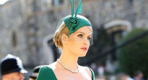 إبنة خال الأمير هاري تأسر قلوب الحاضرين بجمالها