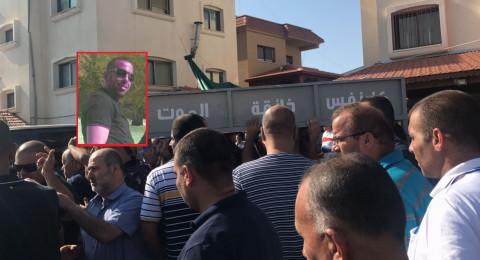 الطيبة: المئات في جنازة ضحية جريمة القتل أحمد ياسين