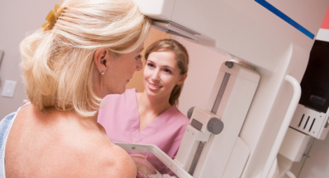 للنساء في الأربعينيات: الفحص السنوي يقلص وفيات سرطان الثدي