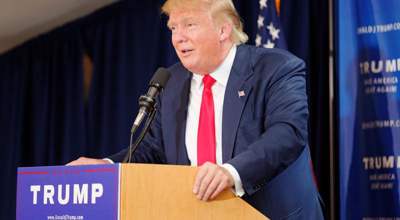استطلاع رأي أمريكي: سلوك ترامب محرج