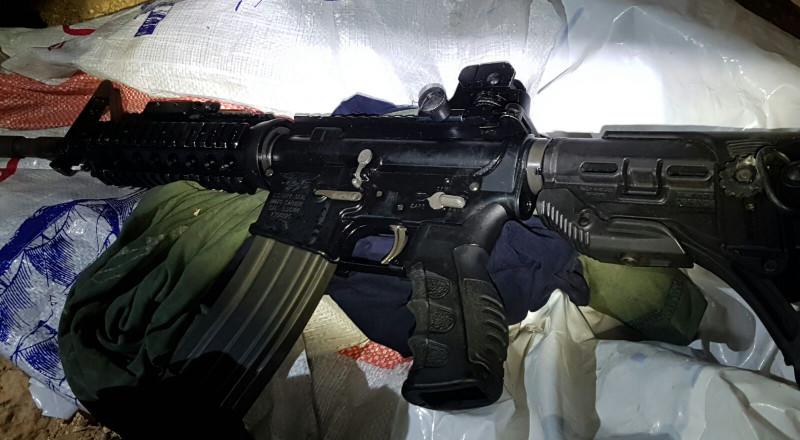 النقب: الشرطة تقبض على مواطن اردني من سكان الخليل وبحوزته سلاح وذخيرة