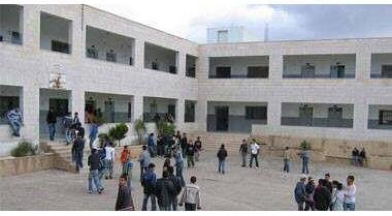 مليون و 250 ألف طالب يعودون اليوم للمدارس في الضفة وغزة